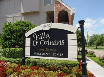 4055 South Braeswood 1-2 Beds Apartment for Rent Photo Gallery 1