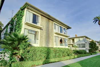 633 Ocean Ave. 1-2 Beds Apartment for Rent Photo Gallery 1