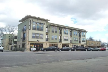 311 E. Hickory 1-2 Beds Apartment for Rent Photo Gallery 1