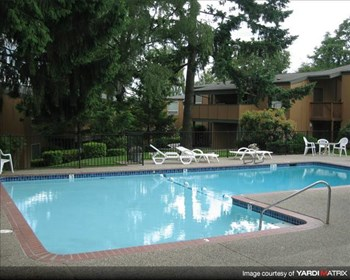 2130 SW Camelot Ct. 1-2 Beds Apartment for Rent Photo Gallery 1