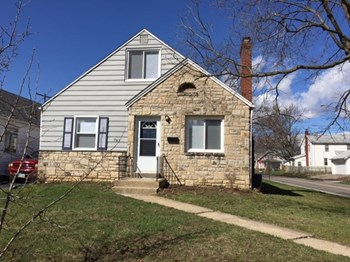 761 S Roys Ave 3 Beds House for Rent Photo Gallery 1