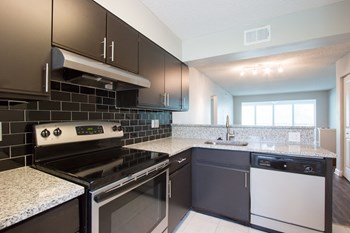 3975 Country Pl Ln 1-3 Beds Apartment for Rent Photo Gallery 1