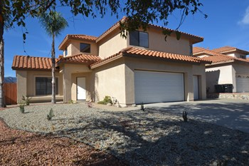 35335 Billie Ann 4 Beds House for Rent Photo Gallery 1