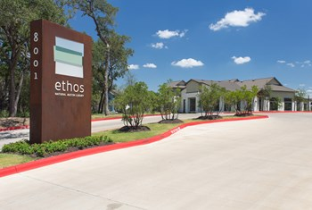 8001 S IH 35 Frontage Rd 1-3 Beds Apartment for Rent Photo Gallery 1