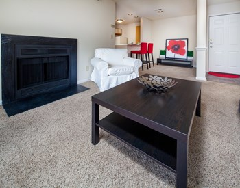 5625 Keyway Blvd. 1-2 Beds Apartment for Rent Photo Gallery 1