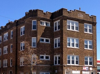 4811-13 N. Ashland Ave. 1-2 Beds Apartment for Rent Photo Gallery 1