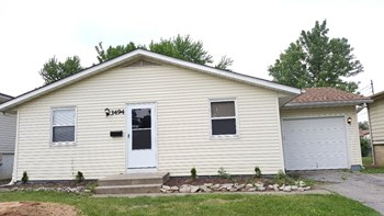 3494 Penfield Rd 3 Beds House for Rent Photo Gallery 1