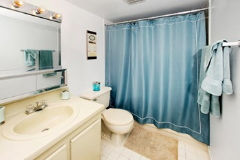 2500 Springdale Blvd 1-2 Beds Apartment for Rent Photo Gallery 1