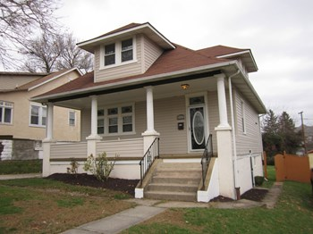 4334 Glenmore Ave 3 Beds House for Rent Photo Gallery 1