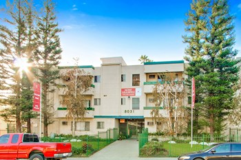 8031 & 8045 Sepulveda Blvd Studio-2 Beds Apartment for Rent Photo Gallery 1