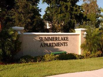 5941 Summerlake Drive 2-3 Beds Apartment for Rent Photo Gallery 1