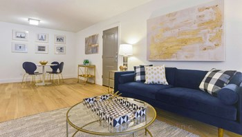 1300 S Pleasant Valley Rd 1-2 Beds Apartment for Rent Photo Gallery 1