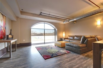 600 7th Street NW 2-4 Beds Apartment for Rent Photo Gallery 1