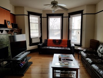 1544-50 N. LaSalle Blvd. 1-3 Beds Apartment for Rent Photo Gallery 1