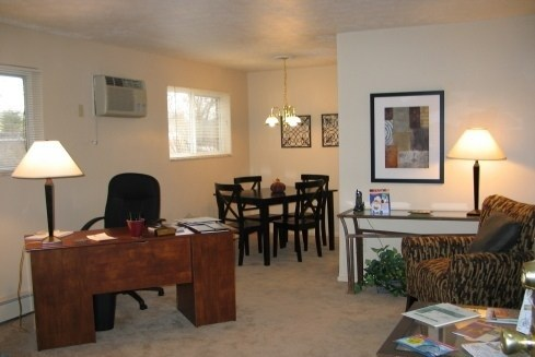 Centennial Woods Apartments Photo Gallery 4