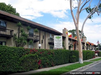 13705 Sunkist Drive 1-2 Beds Apartment for Rent Photo Gallery 1