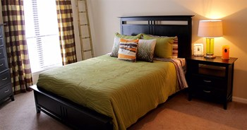 8000 Waters Avenue 1-2 Beds Apartment for Rent Photo Gallery 1