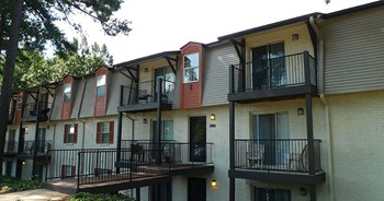 3500 Pelham Road 1-2 Beds Apartment for Rent Photo Gallery 1