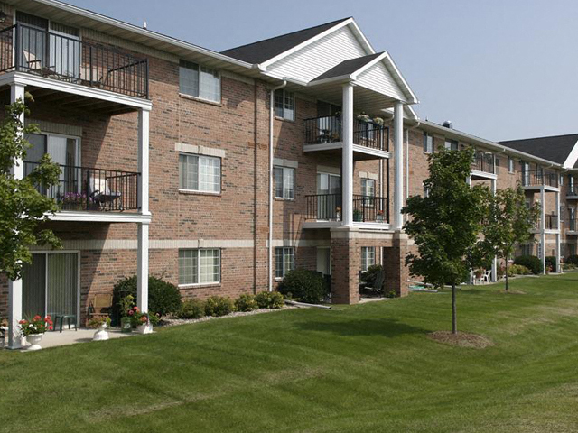 Ridgeview Highlands Apartments & Townhomes 55+ - C2 - Two ...