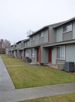 4302 Hood Ave 1-3 Beds Apartment for Rent Photo Gallery 1