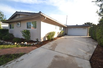 12736 Azores Ave 4 Beds House for Rent Photo Gallery 1