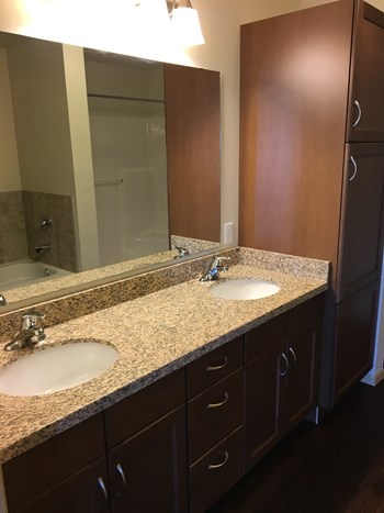 2915 Bluestem Drive 1-3 Beds Apartment for Rent Photo Gallery 1