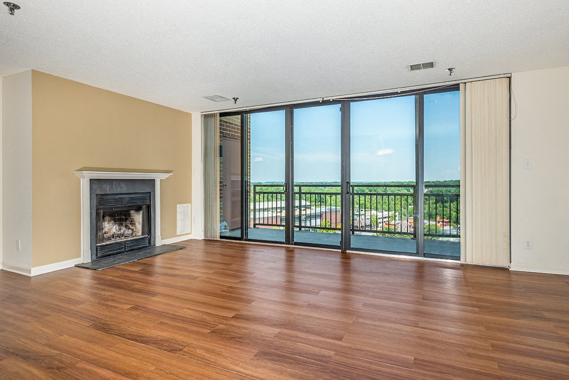 Residences at Rio apartments penthouse living room in Gaithersburg, Maryland