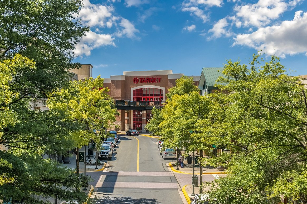 Residences at Rio apartments retail near Rio Center Gaithersburg, Maryland