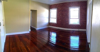 3205 N. Descanso Studio Apartment for Rent Photo Gallery 1