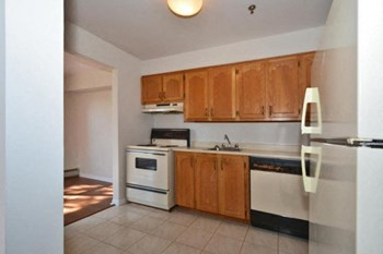159 Radcliffe Drive Studio-3 Beds Apartment for Rent Photo Gallery 1