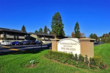 23151 Los Alisos Blvd 1-2 Beds Apartment for Rent Photo Gallery 1