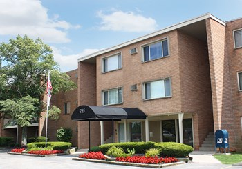 725 Edgecliff Road 1-2 Beds Apartment for Rent Photo Gallery 1