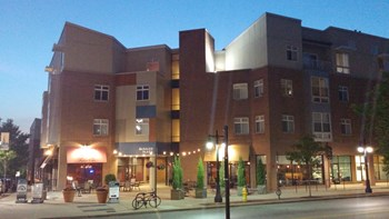 1546-A Chapel St. 1-2 Beds Apartment for Rent Photo Gallery 1