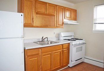 20 Church St 2-3 Beds Apartment for Rent Photo Gallery 1