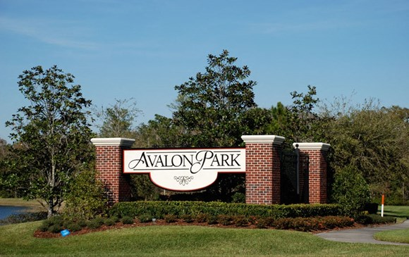 The Flats at Avalon Park DTI Photo Gallery 1