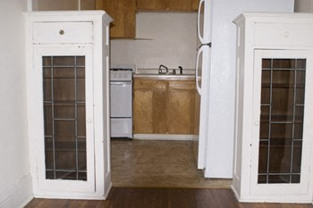 3440 Emerson Avenue South 1 Bed Apartment for Rent Photo Gallery 1