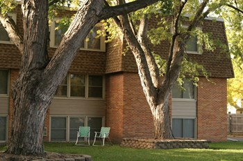 5800 42nd Ave N 1-2 Beds Apartment for Rent Photo Gallery 1