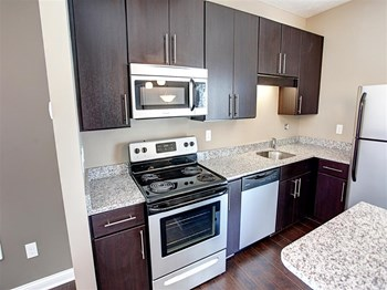 6252 Brassie Avenue 2 Beds Apartment for Rent Photo Gallery 1