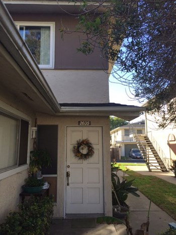 2635 TILLER AVE 2 Beds Apartment for Rent Photo Gallery 1