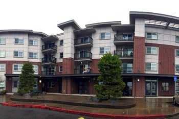 10125 Southeast Bob Schumacher Road 2-3 Beds Apartment for Rent Photo Gallery 1