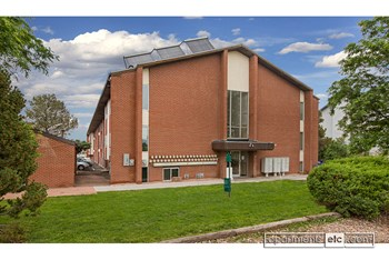 3341 E. Fountain Blvd 1-2 Beds Apartment for Rent Photo Gallery 1