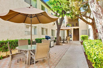 14154 Gilmore Street Studio-2 Beds Apartment for Rent Photo Gallery 1