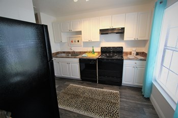 8402 Waterford Avenue 1-3 Beds Apartment for Rent Photo Gallery 1