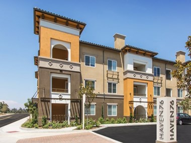 2414 South Escondido Blvd 1-3 Beds Apartment for Rent Photo Gallery 1