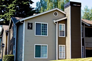 120 SE Everett Mall Way 1-2 Beds Apartment for Rent Photo Gallery 1