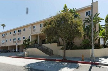 2110 4th Street 1-2 Beds Apartment for Rent Photo Gallery 1