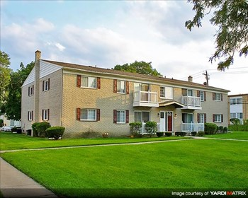 25600 Briar Drive 2-3 Beds Apartment for Rent Photo Gallery 1