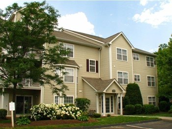 100 Avalon Haven Drive 1-3 Beds Apartment for Rent Photo Gallery 1