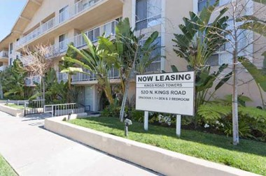 520 N. Kings Rd. 1-2 Beds Apartment for Rent Photo Gallery 1