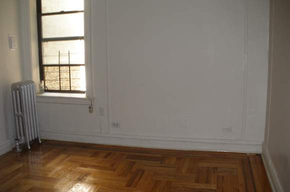 apartments under 800 bailey avenue studio apartment for rent photo gallery 1